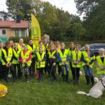 Waxholms Gymnastikförening på städuppdrag på Bogesundslandet.