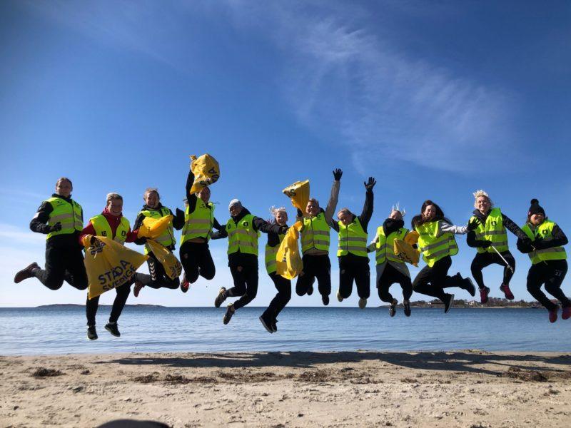 Upp och hoppa hälsar Städa Sverige och Generation Pep